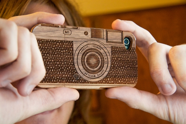 The-Wood-Camera-iPhone-Case-3