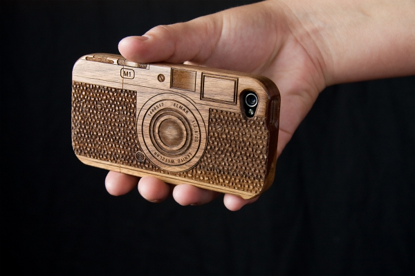 wood-camera-iphone-case-4