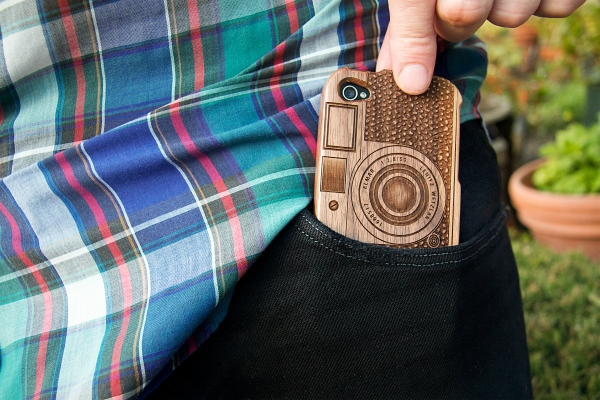 wood-camera-iphone-case-5
