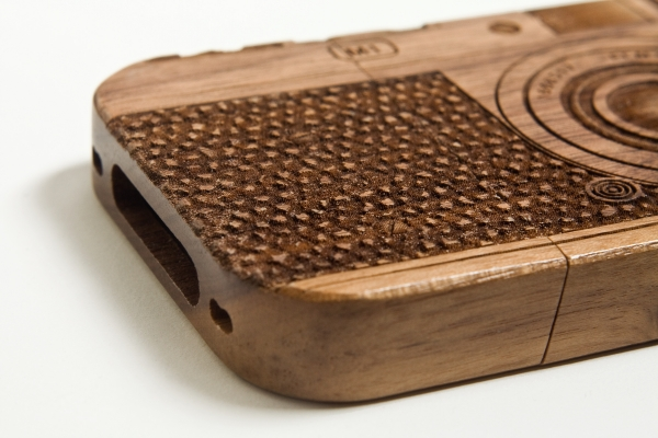 wood-camera-iphone-case-8