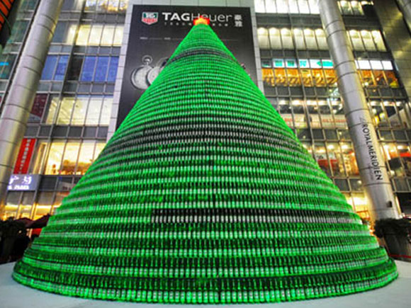 Beer-Bottles-Christmas-Tree