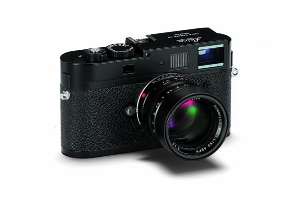 Leica M9-P 18 MP Digital Rangefinder Camera