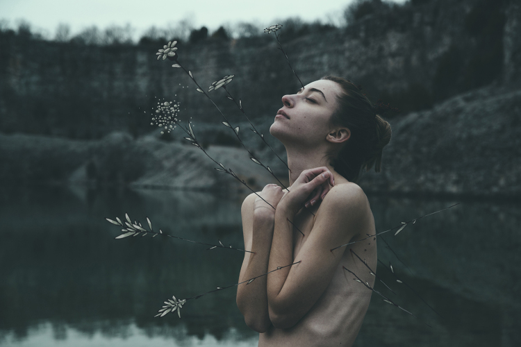 Intimate Portraits of Women by Photographer Bleeblu 14