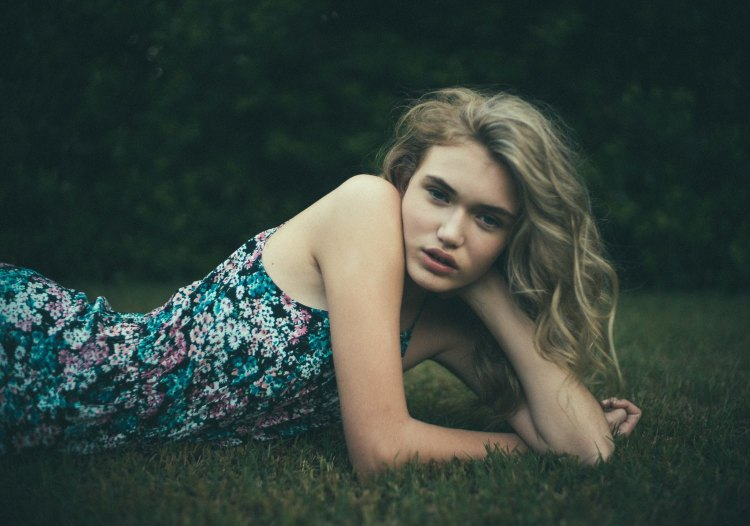 Intimate Portraits of Women by Photographer Bleeblu 2