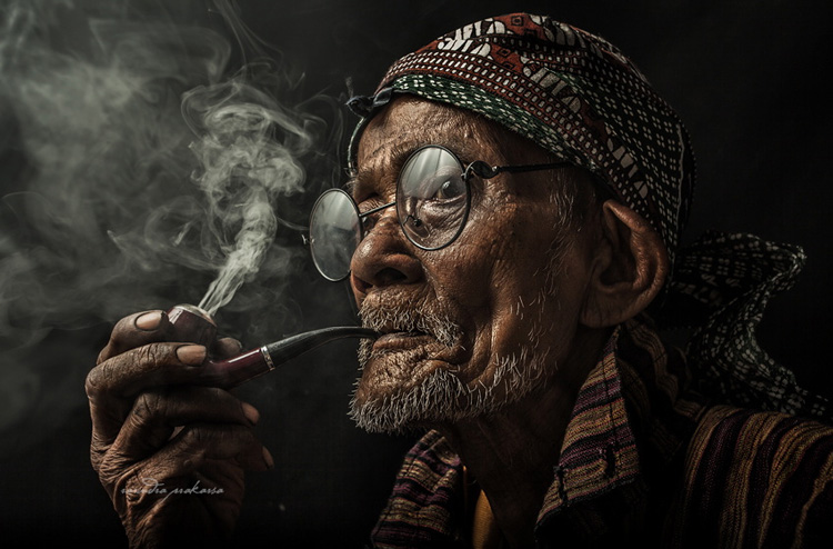 Prapto by Rarindra Prakarsa - stunning portraits photos
