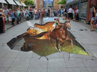 3D Sidewalk Chalk Art Interact with Pedestrians