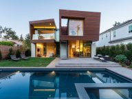A Contemporary New House in Santa Monica Designed by Michael Kovac