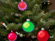 10 Pixel Art Christmas Ornaments and Tree Decorations