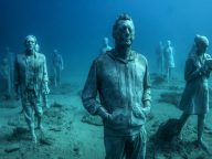 Hyperrealistic Human Sculptures Submerge Underwater Art Museum in Europe