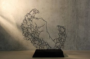 Stunning Bent Wire Sculptures by Gavin Worth 01