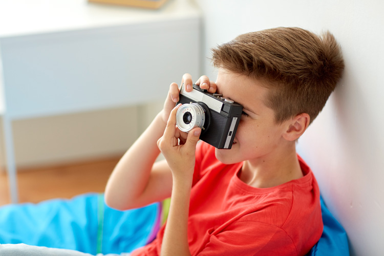 6 Cool Camera for Teens to Take Beautiful Photography