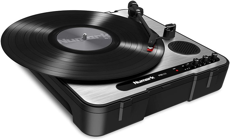 Numark PT01USB Record Player With Speakers